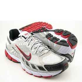 nike zoom structure triax 11